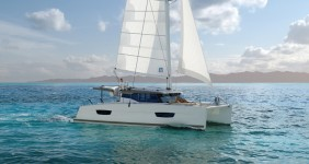 Fountaine Pajot 40.