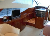 Fairline Phantom 50.