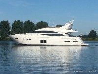Princess 72 Flybridge.