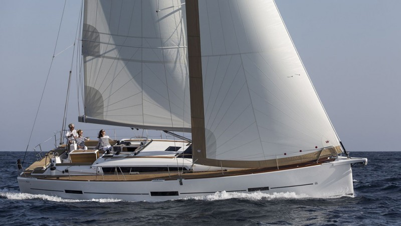 Beneteau Oceanis 423 yacht rental on Adriatic